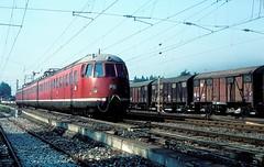 456 407  Mosbach  29.09.84 (w. + h. brutzer) Tags: analog train germany deutschland nikon eisenbahn railway zug trains db 456 mosbach eisenbahnen triebwagen triebzug et56 triebzge webru