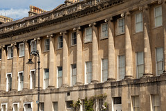 Shadow arc | Royal Crescent | Bath-12 (Paul Dykes) Tags: bath somerset uk england georgian johnwoodtheyounger horn column 18thcentury eighteenthcentury gradeilistedbuilding