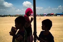 * (Sakulchai Sikitikul) Tags: street snap streetphotography songkhla voigtlander hatyai 28mm thailand children silhouette muslim islamic a7s sony