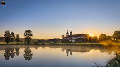 Speinshart Sunrise (Tobias Neubert Photography) Tags: speinshart kloster monastery klosterspeinshart sonnenaufgang sunrise sonne sun dawn morgendmmerung wasser water spiegelung reflection oberpfalz upperpalatinate deutschland germany