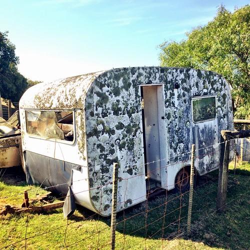 Neglected caravan : French Island