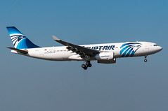 SU-GCI - Egyptair - Airbus A330-200 (5B-DUS) Tags: plane airplane am airport frankfurt aircraft aviation main jet 330 airbus flughafen flugzeug a330 spotting fra fraport planespotting luftfahrt rheinmain a330200 egyptair eddf a332 sugci