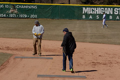 Grounds Crew002 (mwlguide) Tags: 2811 people 1 march other nikon state michigan central v2 collegiate spartans 2015 chippewas michiganstatespartans 1v2 centralmichiganchippewas nikon1v2 spartans1v2raw3002811