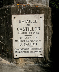 Castillon-la-Bataille (beery) Tags: france memorial battlefield aquitaine gironde 1453 castillonlabataille hundredyearswar johntalbot guerredecentans earlofshrewsbury battleofcastillon