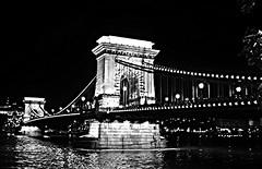 Budapest Kettenbrcke (barmicity) Tags: illumination brcke fluss ungarn kettenbrcke donau beinacht