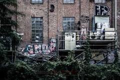 The Wall / Die Wand (blende9komma6) Tags: hannover germany linden faust bettfedernfabrik graffiti streetart urban nikon d7100 wall wand decay kesselhaus boiler house witness last street