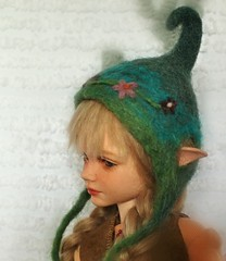 Hat (Desertmountainbear) Tags: iplehousekid elf elfhat felted