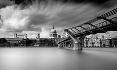 High Tide (TS446Photo) Tags: longexposure london weather digital blackwhite nikon noiretblanc nikkor