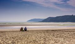 Bassa Marea sulla spiaggia di Binic (Bretagna / Brittany) (emanuelezallocco) Tags: binic france europe bretagne plage brittany travel summer 2016 beach sun morning people