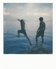 Io e Riccardo, e Carlotta (Luca Grazioli) Tags: lucagrazioli luca grazioli polaroid friends friendship life free jump air wind young boyhood september sun boys we lake water blue film filmisnotdead fun happy