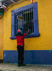 Caf colombiano (Angelo Petrozza) Tags: caf colombia bogot sud america giallo blue yellow muro wall pentax angelopetrozza