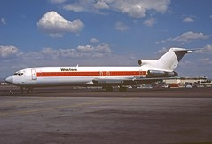 Western Airlines Boeing 727-247; N2806W, April 1987 (Aero Icarus) Tags: slidescan plane avion aircraft flugzeug boeing727 boeing727200