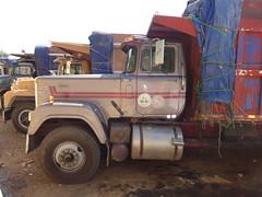 Mack Superliner (RD Paul) Tags: truck puerto dominicanrepublic camion plata trucks mack santodomingo camiones repblicadominicana superliner sindicatodecamioneros fenatrado