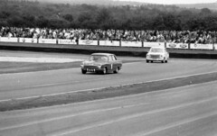 Good wood Revival - 2016 (Roadsternumber6) Tags: goodwood revival pentax asahi 35mm film black white motor racing