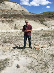 Jason Woodhead at red rock coulee (jasonwoodhead23) Tags: badlands hiking rod steel stainless monopd woodhead jason alberta coulee rock red sandstone