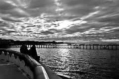 Grey clouds (Wal CanonEOS) Tags: street sunset sky people blackandwhite bw streets byn blancoynegro water argentina rio clouds canon river atardecer photography eos monocromo muelle photo calle dock agua buenosaires gente personas peoples cielo nubes monocromatic nublado fotografia callejeando ocaso aguas hdr costanera calles bsas oscuro riodelaplata greyclouds airelibre caba monocromatico capitalfederal ciudaddebuenosaires nubesgrises hdrbw alairelibre argentinabsas canonista ciudadautonoma cieloargentino streetsbw rebelt3 canoneosrebelt3