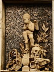 MEMORIAL TO THEOPHILUS SALWEY ESQ (Simon R Brook) Tags: church st death skull lawrence nikon memorial cherub mementomori d7000 simonrbrook