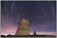 ST#27-52 Hadleigh Castle (seb a.k.a. panq) Tags: castle abandoned st night stars ruins essex hadleigh 52 startrails 52weeks noctography sebastianbakajphotography