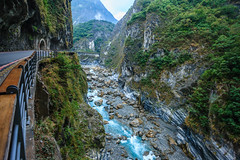 Taiwan-121116-483 (Kelly Cheng) Tags: travel blue color colour green tourism nature water horizontal landscape daylight colorful asia stream day outdoor taiwan nobody nopeople gorge colourful tarokonationalpark tarokogorge  traveldestinations  northeastasia