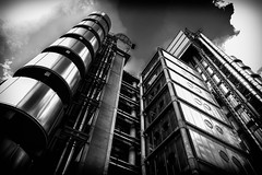 Ready for take off (Alex Chilli) Tags: london lloyds building architecture future futuristic chrome steel silver black white solo bianco negro rise metal uk insurance fuji