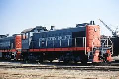 1800 (GRNDMND) Tags: trains railroads southernpacific sp espee locomotive alco s4 schnitzersteel oakland california