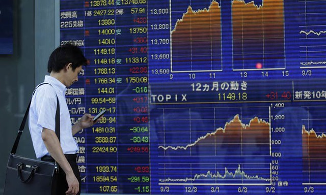 Asian shares began the week on the back foot on Monday after a downbeat session on Wall Street