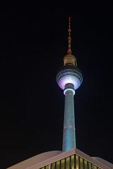 Fernsehturm Berlin (joerge65) Tags: berlin deutschland nacht fernsehturm nachtaufnahme langzeitbelichtung
