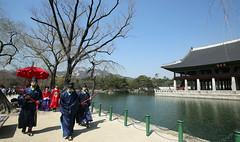 Gyeongbokgung_Royal_Walking_05 (KOREA.NET - Official page of the Republic of Korea) Tags: hanbok royalpalace gyeongbokgung    joseon  joseondynasty gyeongbokgungpalace