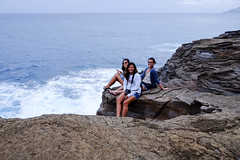 Cousins (MC Labrador) Tags: hawaii cliffs honolulu portlock chinawall