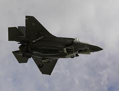 DSC00026 (PeteB72) Tags: fighter airshow flyby royalinternationalairtattoo raffairford lightningii f35c riat2016 zm137