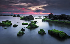 Green Rocks (jeff_gueco) Tags: seascape green canon landscape twilight hitech formatt 60d tokina1116mm