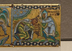 ca. 1160-1170 - 'Heraclius cuts off Chosroes' hairs, plaque from a cross', Mosan, Musée du Louvre, Paris, France (Roel Renmans) Tags: 1160 1165 1170 heraclius herakleion heraclio eraclio herakleios khosrow chosroes chosrau cosroes cosroe khusro king empreror cuts hair off cross kruis croix kreuz cruz croce email plaque plaquette louvre paris museum musee du hauberk mail cotta coat cotte mailles maliënkolder spangenhelm norman helm helmet sword coif malha kettenhemd ketten malla haubert romanesque roman romaans romanico romanik романская nasal mosan maas valley maasland маасская школа mosana emaile champlevé emalia żłobkowa belgium