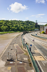 (Mark Greening) Tags: road bridge england people tree river bristol unitedkingdom gb cliftonsuspensionbridge buidling