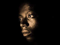 Joseph (yrotori2) Tags: africa lighting light portrait face persona african young afrika benin chiaroscuro ritratto viso visage afrique clairobscur volto bnin atakora