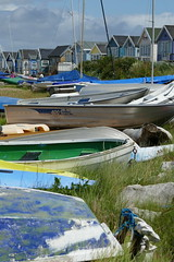 Muddeford (Simon Caunt) Tags: sea beach boats seaside huts dorset beachhuts mudeford ohidoliketobebesidetheseaside
