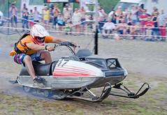 drag034 (minitmoog) Tags: dragrace grass dragracing sleds snowmobiles skoter veteran vintage lycksele