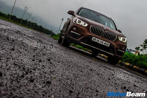 2016-BMW-X1-19