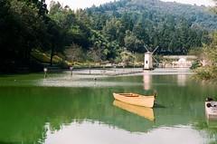 48940031 (didilam) Tags: canonftbkodakportr400cingjing taichung garden