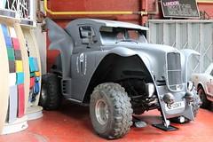 Halloween Scream Car (crusaderstgeorge) Tags: halloweenscreamcar custom spooky motormuseumlondon 2913 british cars fx4londontaxi revamped