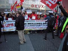 EN LUTTE (marsupilami92) Tags: paris france frankreich ledefrance capitale 75 manifestation cgt placeditalie syndicat solidaires 13emearrondissement carrefourmarket sudposte