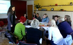 "Predavanje je vodila sodelavka Janina Žiberna • <a style=""font-size:0.8em;"" href=""http://www.flickr.com/photos/102235479@N03/17207133786/"" target=""_blank"">View on Flickr</a>"