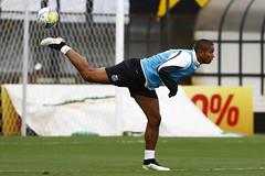 David Braz (Santos Futebol Clube) Tags: vila santos fc belmiro profissional treino