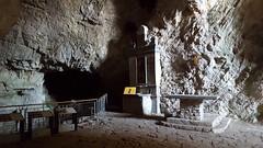 Gole del Salinello - Saint Michaelangelo Cave - altar (GlobalQuiz.org) Tags: cave caveofstmichaelangelo gole del salinello mountains trekking