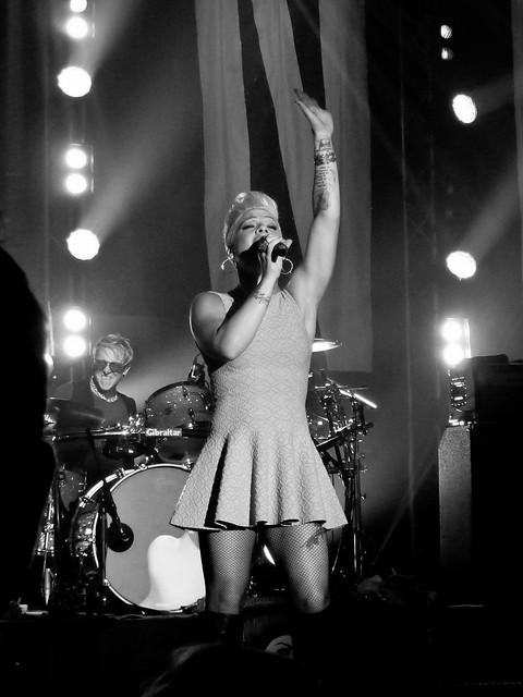 P!nk - Salle Wagram, Paris (2012)
