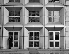 architettura parigina (tomascecco) Tags: paris france window lines architecture blackwhite nikon europa geometry bianconero parigi