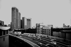 2016132 (gwagwa) Tags: street bridge urban bw white black building cars monochrome japan landscape tokyo 20mm nikkor f28s
