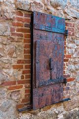 RHM_3318-1643.jpg (RHMImages) Tags: nikon historic nevadacounty rust nevadacity door rusted rusting texture wall brick architecture building steel d810 metal downtown grassvalley california unitedstates us