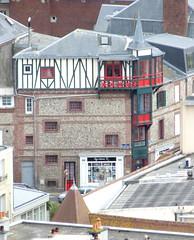 Etretat - Colombages (Philippe Aubry) Tags: normandie seinemaritime paysdecaux pointedecaux ctedalbtre etretat villa colombages