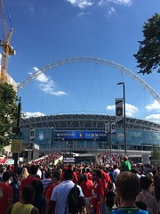 Liverpool vs Barcelona, Wembley Stadium, London - August 2016 (Pub Car Park Ninja) Tags: liverpool lfc fcb fcbarcelona barcelona spain wembleystadium london august 2016 wembley soccer football uk gb england icc icc2016 messi suarez mane iniesta klopp liverpoolfc