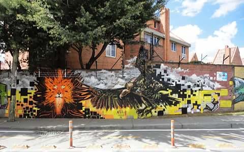 Mural en Bogota Barrio Maranta Colombia. 13.50m x 2.80 m junto a Alexander BustamanteFeb 2016 — en Colombia.
